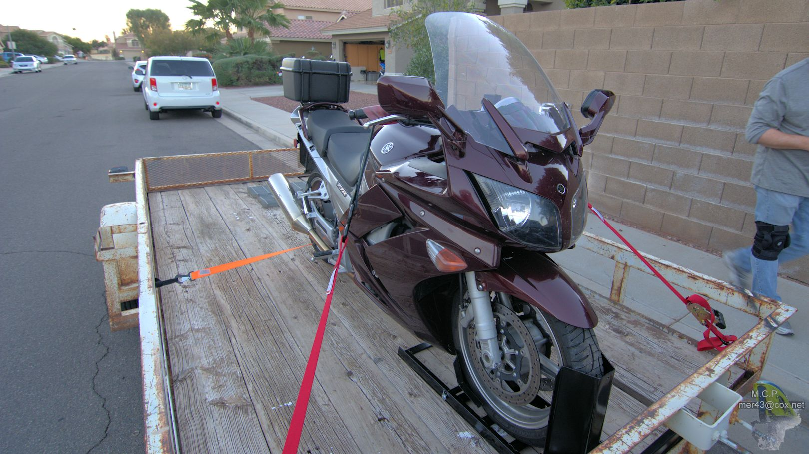 How To Tie A Yamaha Super Tenere To A Trailer
